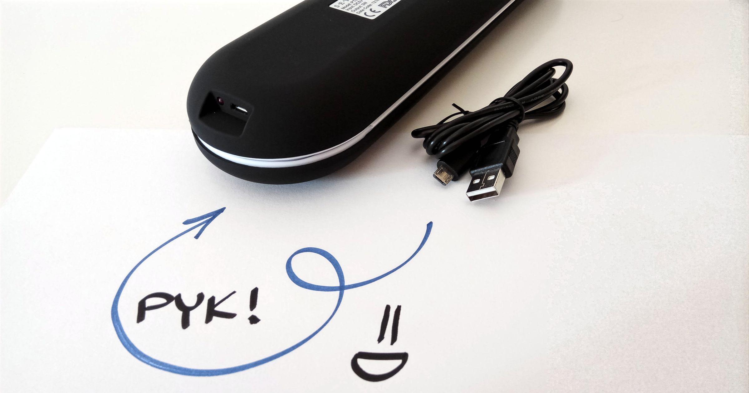 Etui podróżne ładowane przez USB.